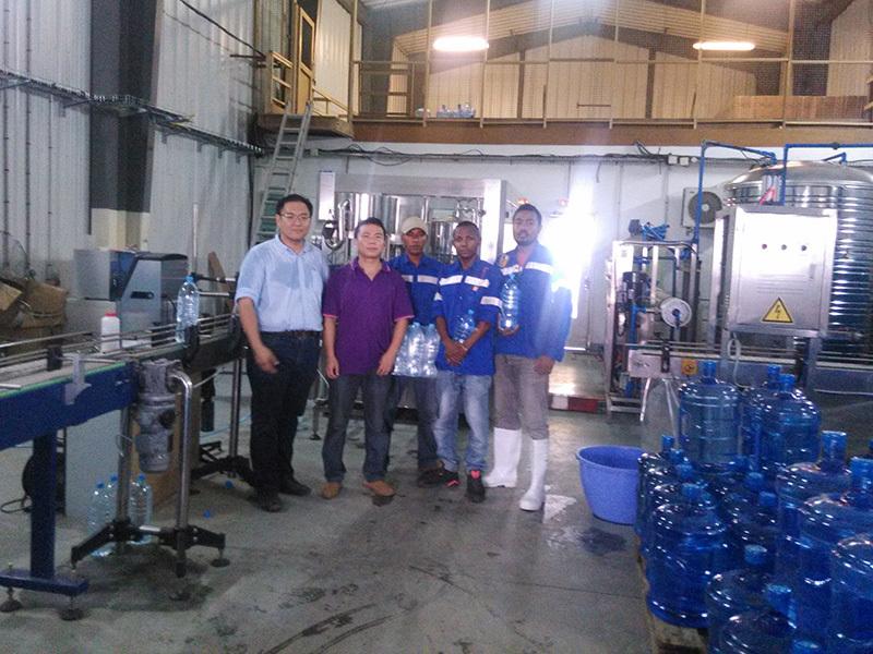 Shenzhen J&D Drinking Water install 120BPH Barrel & 6000BPH bottled water line in Madagascar
