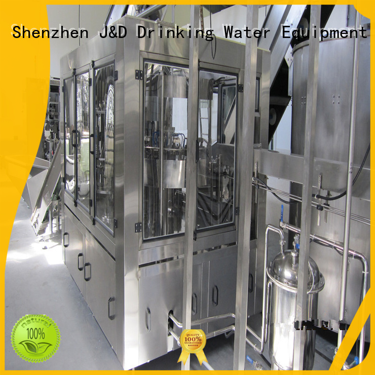 Hot carbonated bottle capping machine operate filling J&D WATER Brand