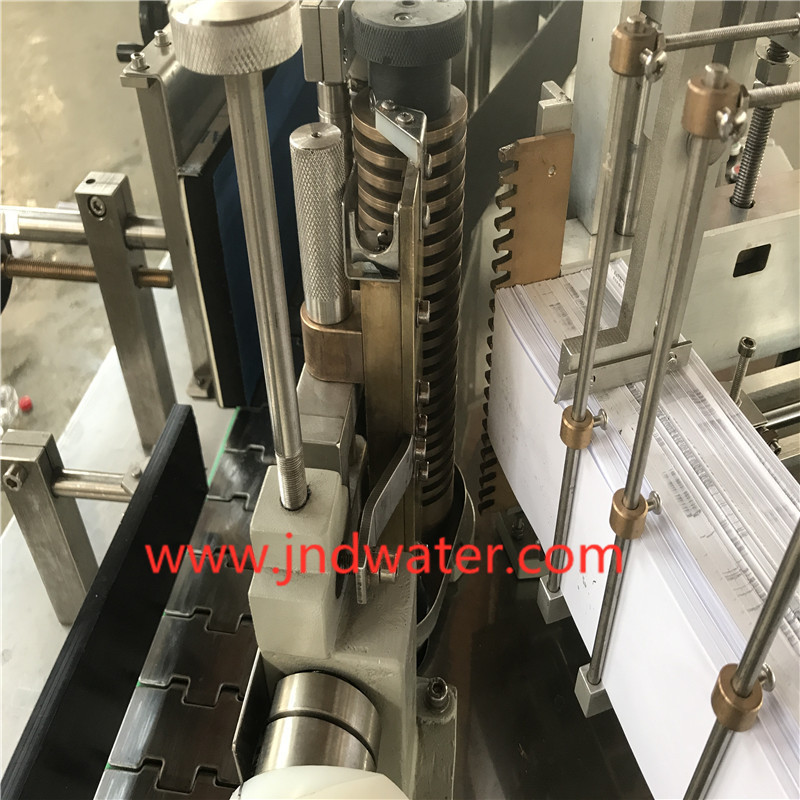 Linear Bottle sticker Labeling Machine With Cold Glue