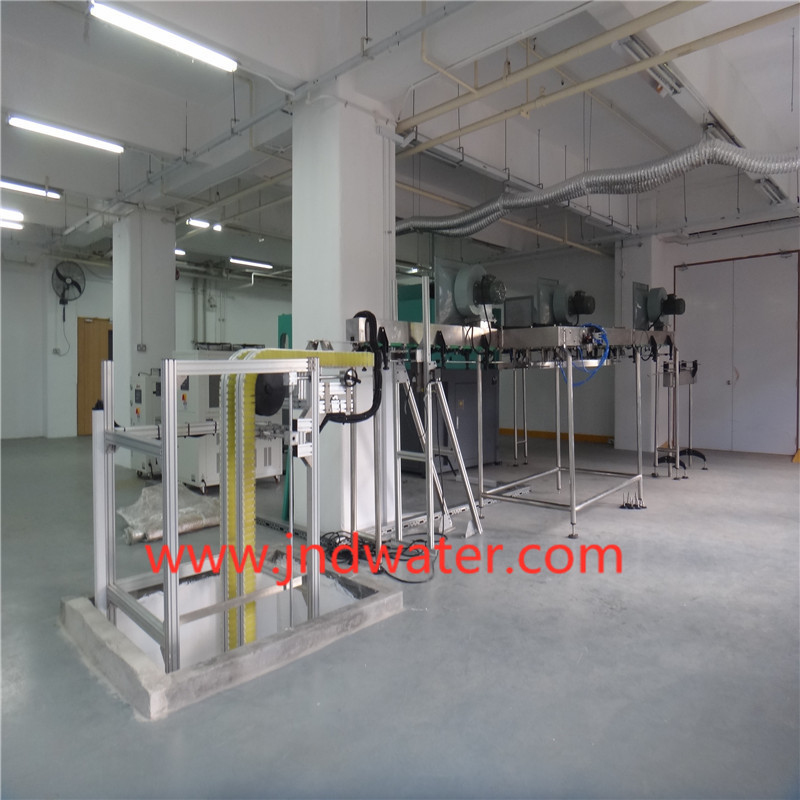 Plastic Bottle Conveyor With Air