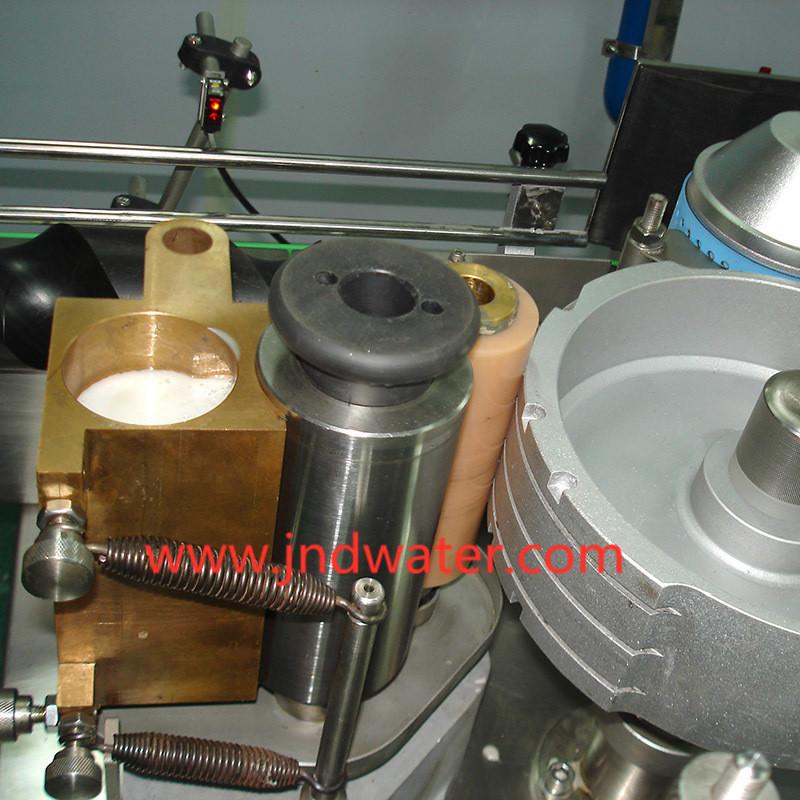 Автоматическая этикетировочная машина для холодного клея