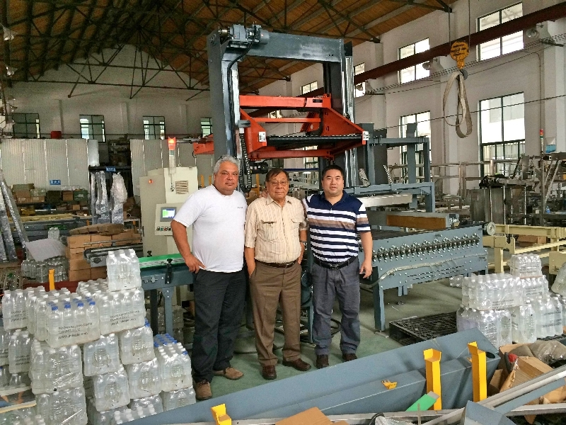 Mexico customers come to our factory